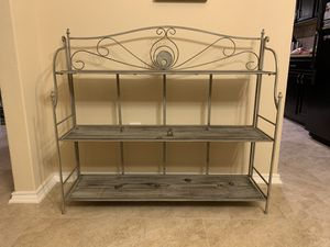 Console with 3 shelves for Sale in San Antonio, TX