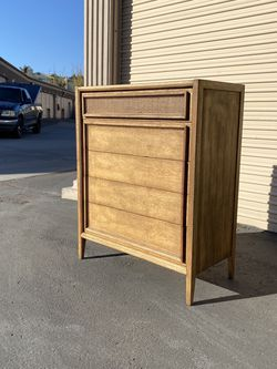 Mid Century Modern Walnut Highboy Dresser By Thomasville for Sale in Chula Vista,  CA