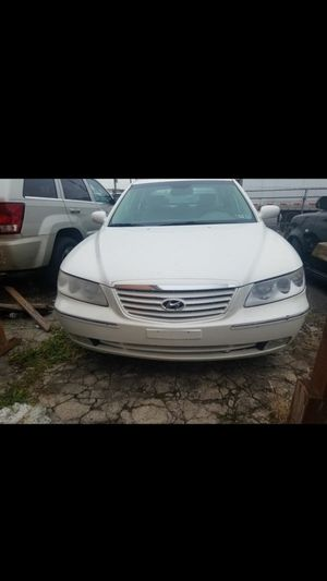Hyundai azera 2006 clean title 146 milles perfect condition not problem everythig work 100% for Sale in Philadelphia, PA