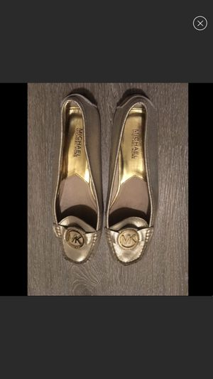 Michael Kors gold loafers for Sale in Redwood City, CA