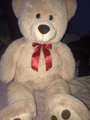 Giant teddy bear (3.5ft) for Sale in Phoenix, AZ