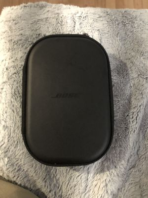 Bose headphone quiet comfort 35 for Sale in NO POTOMAC, MD