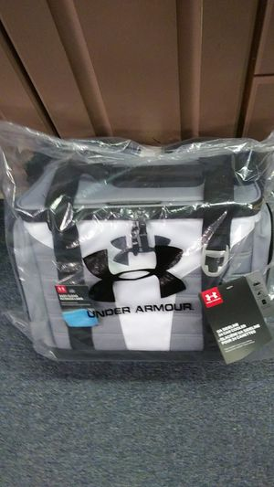 Under Armour UA Sideline 24 Can Cooler for Sale in Saxonburg, PA