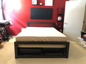 Room & Board Piper Bed (queen) w 4 storage drawers for Sale in Oakland, CA