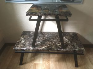 FREE LIVING ROOM TABLE SET for Sale in Milwaukie, OR