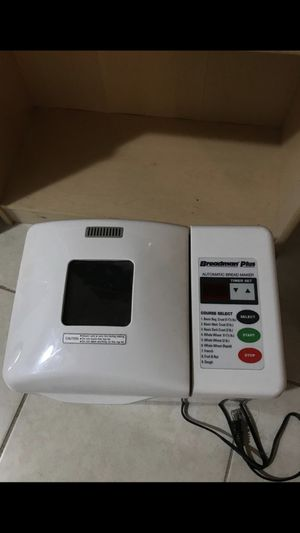 Bread maker for Sale in West Palm Beach, FL