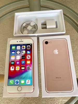 iPhone 7 Factory Unlock 128GB Rose Gold for Sale in Glenview, IL