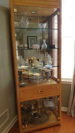 Thomasville curios for Sale in Fieldsboro, NJ
