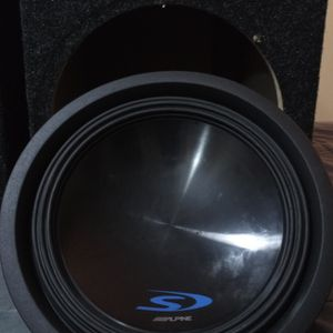 """12"""" Type S. 500watt-1500watt Max Alpine! In A Nice Vented Box. This Thing Pounds! for Sale in Portland, OR"""