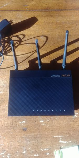 Asus ac66u gigabit router wifi for Sale in Highland Park, IL