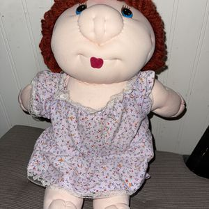 Vintage Dan Dee Piggy Wiggies Cloth Doll No Tush Tag Red Head for Sale in Casselberry, FL
