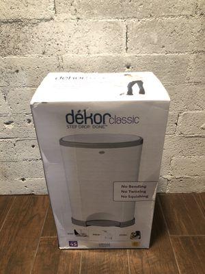 New! Dekor Classic Hands Free Diaper Pail - White for Sale in Glendale, AZ