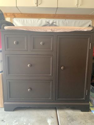 Dresser/Changing Table for Sale in Fremont, CA