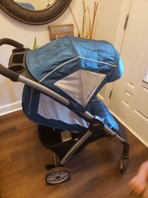 Chicco Mini Bravo Stroller for Sale in Norfolk, VA
