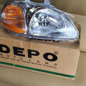 Honda Head Light Assembly for Sale in Tacoma, WA