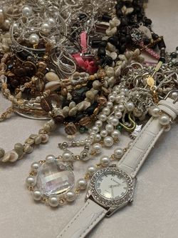 Assorted Necklaces And Bracelets for Sale in Beaverton,  OR