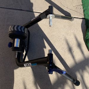 Indoor Bicycling Kick Stand for Sale in Los Angeles, CA