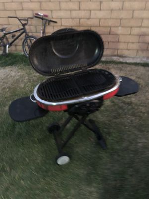 Foldable two burner BBQ with wheels for Sale in Temecula, CA
