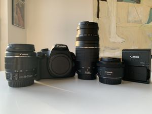 Canon Rebel t5 with 3 lenses and battery for Sale in Palm Beach Gardens, FL