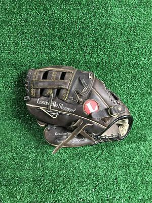"""Louisville Slugger GTPX-17 12"""" Baseball glove (LHT) for Sale in Silver Spring, MD"""