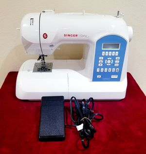 Singer Curvy Sewing Machine for Sale in Portland, OR