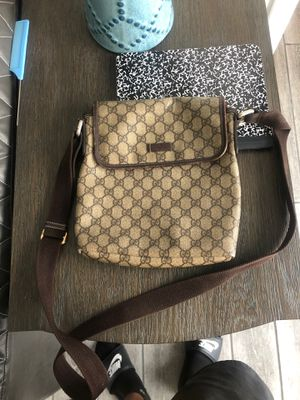 gucci man bag for Sale in Downey, CA