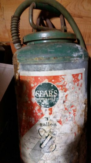 Sears & robuck antique spray cannister for Sale in Memphis, TN