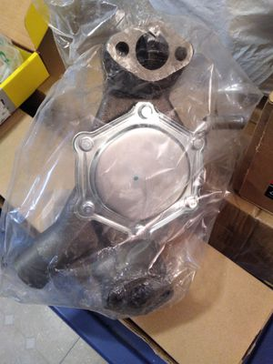 1999 Chevy S10 water pump and time chain for Sale in Calverton, MD