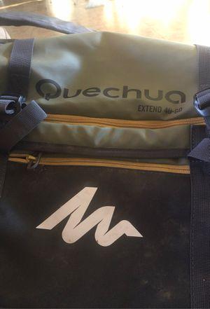 Quechua Extent 40 / 60L for Sale in Phoenix, AZ