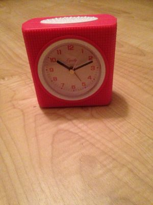 Pink alarm clock for Sale in Richardson, TX