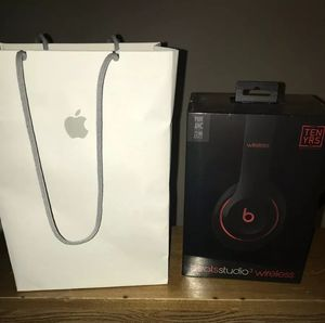 Beats by Dr. Dre Studio 3 Wireless Headphones - Defiant Black/Red. New& Sealed.Original & Authentic.( Latest Model 2019 ). for Sale in Los Angeles, CA