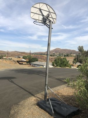 Mobile Basketball hoop for Sale in Canyon Lake, CA