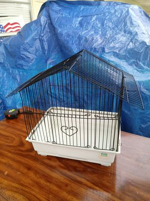 """Small bird cage 13.5"""" T x 14""""W x 10""""D for Sale in Seymour, TN"""