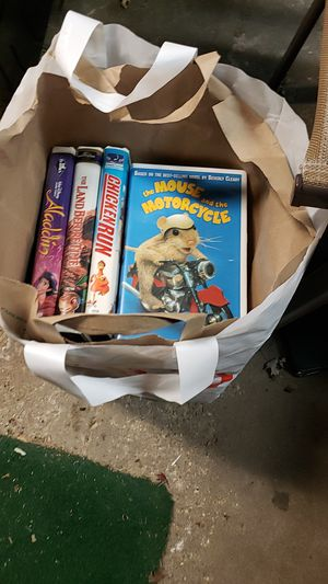 Bag of 14 vhs tapes. List in description for Sale in Darien, IL