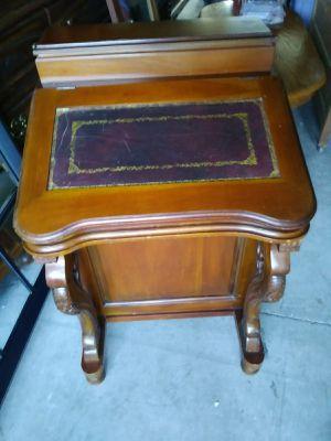 Buro for Sale in Modesto, CA
