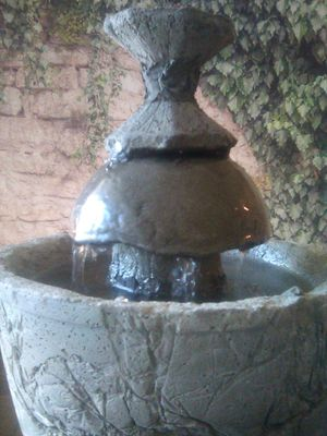Indoor/outdoor cement water fountain. 2( AA) batteries for Sale in Aloma, FL