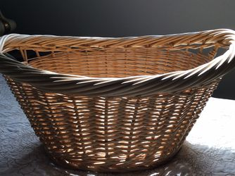 Wicker Basket for Sale in Naperville,  IL