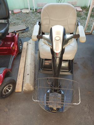Mobility scooter for Sale in La Verne, CA