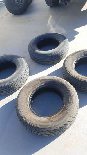 Trailer tires 225 75 15 10ply for Sale in Hesperia, CA