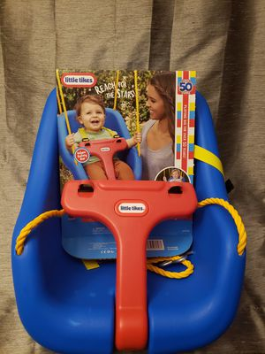 Little tikes 2 in 1 snug and secure swing for Sale in Bolingbrook, IL