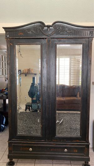 Antique Armoire for Sale in Guadalupe, AZ