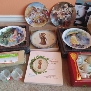 "8"" porcelain collectible plates & Christimas Ornaments. Very pretty. $25 for all. for Sale in Allen, TX"