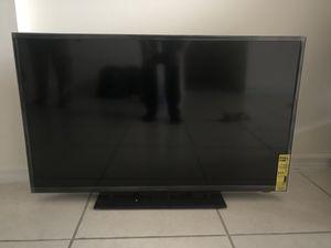 """Insignia 40"""" inch tv for Sale in Miami, FL"""