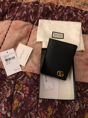 Gucci card holder for Sale in San Diego, CA