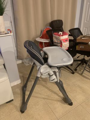Infant to toddler high chair for Sale in Noblesville, IN