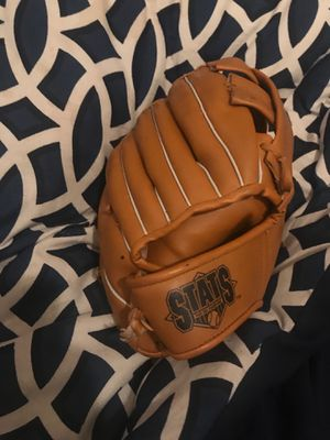 Wilson Junior baseball glove for Sale in Brooklyn, NY