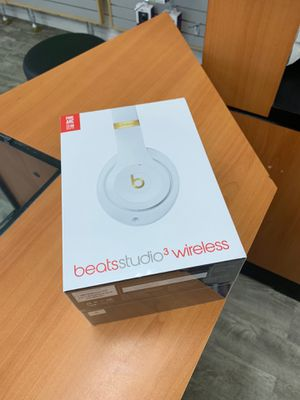 Beats studious 3 in box sealed willing to trade for xbox one for Sale in San Diego, CA