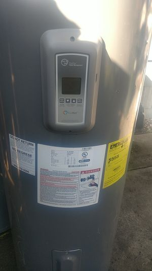 50 gallon electric water heater for Sale in Sacramento, CA
