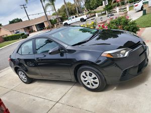 2016 Toyota corolla for Sale in Fillmore, CA