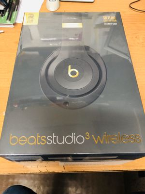 Beats studio 3 wireless for Sale in Columbus, OH